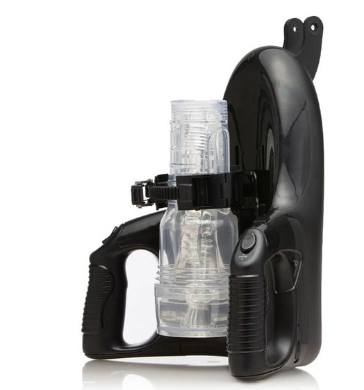 Fleshlight Universal Launch has clasp system